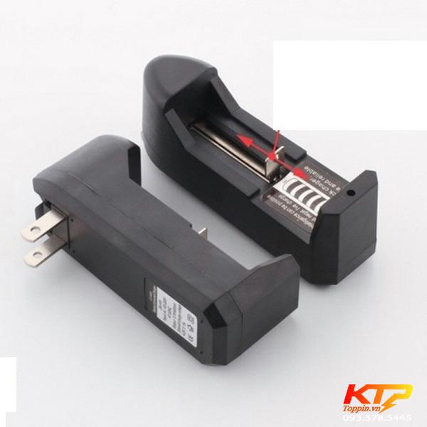 bo-sac-1-vien-pin-18650-3-7v-toppin
